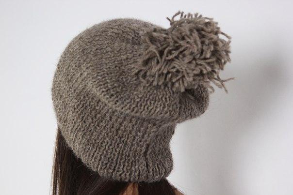 объёмная шапка спицами