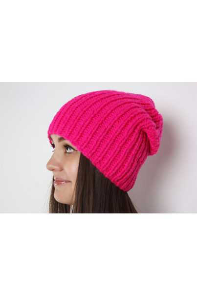 Фото розовой шапки